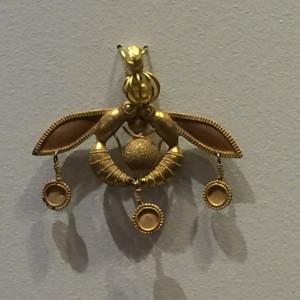 Dessa guldbin är bland det häftigaste som finns och bara c:a 4000 år gamla. Vilka verktyg hade dom?